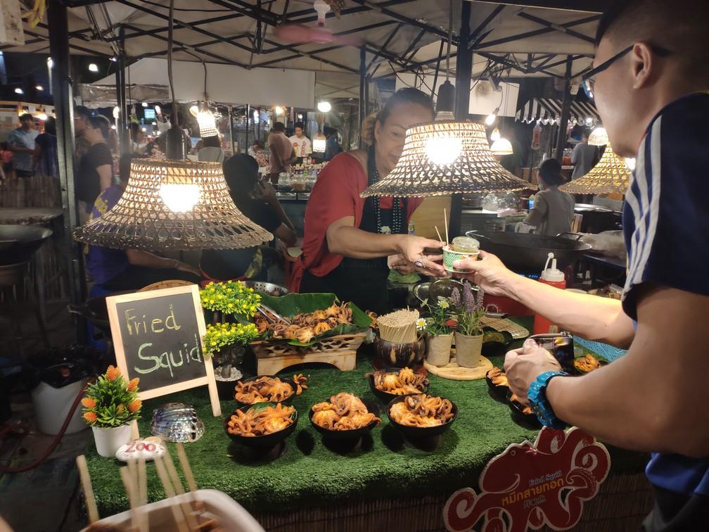 Chobotničky na nočnom trhu